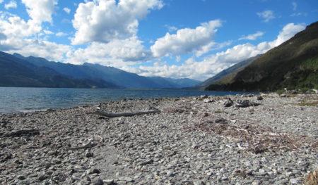https://gowalkabouttravel.com/wp-content/uploads/2014/05/Bereznicki-south-island-NZ-450x263.jpg